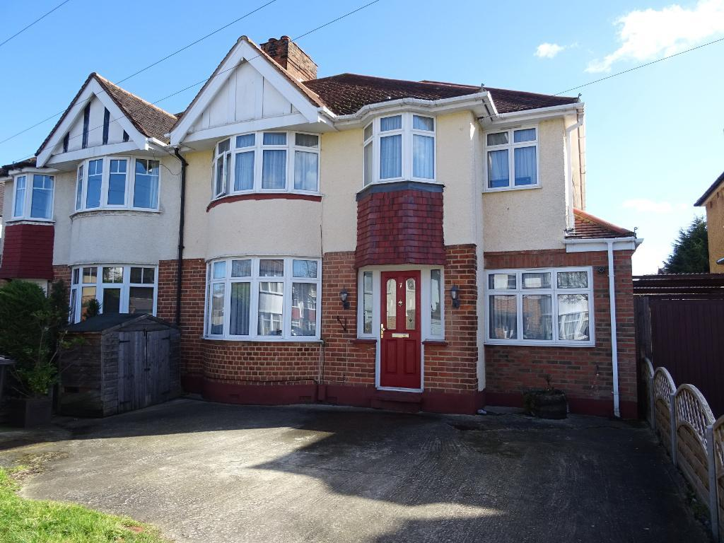 Willow Way, Ewell Court, Surrey, KT19 0EJ